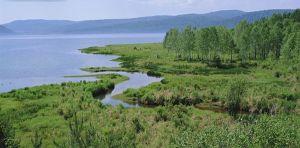 Tajgou a stepí až k modravým vodám Bajkalu