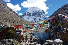 Tibet - k posvátné hoře Kailás - cyklus dokumentární středy
