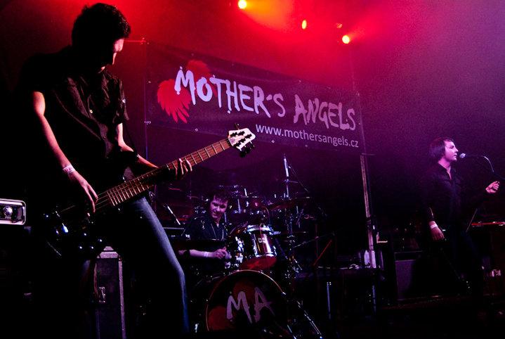 Akustické Vánoce s Mother's Angels